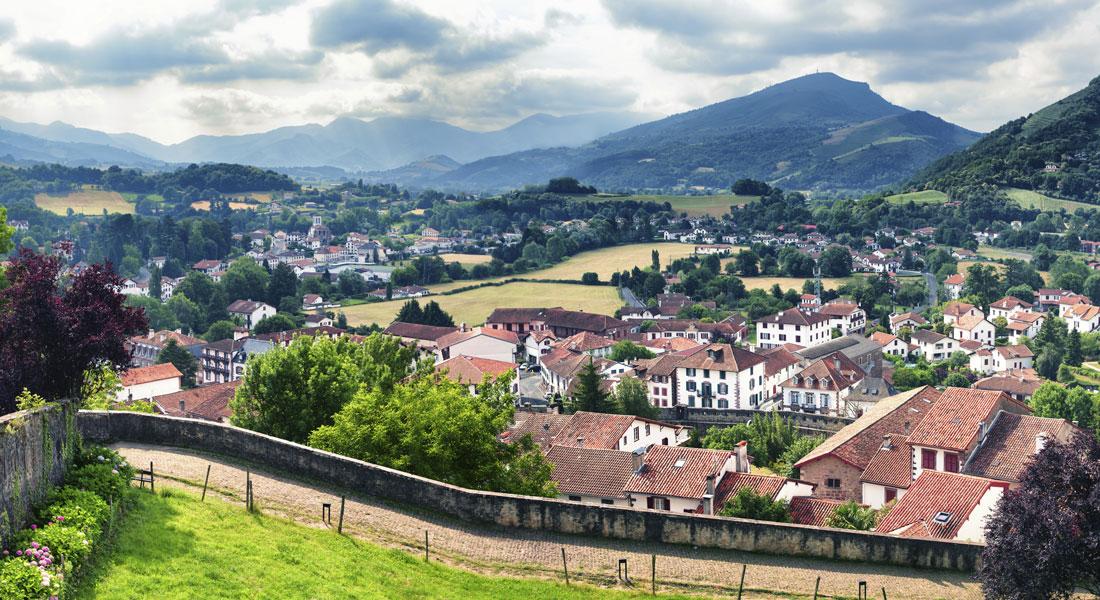 """Vandring I Spanien: Pyrenæerne Og Baskerlandet El Camino – """"Ny Begyndelse"""". Prisen Er Et Depositum."""