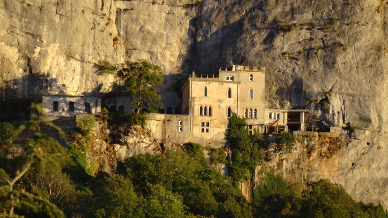 La grotte de la sainte baume