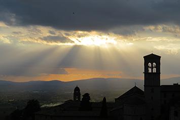 """Fordybelsesrejse I Assisi, Italien: """"Klara Og Frans"""""""